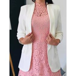 𝐓𝐞𝐧𝐮𝐞 𝐝𝐞 𝐅𝐞̂𝐭𝐞𝐬 𝐞𝐧 𝐫𝐨𝐬𝐞 𝐞𝐭 𝐛𝐥𝐚𝐧𝐜 🌸  Robe dentelle rose et sa doublure avec le blazer chic blanc !   Un ensemble parfait pour un événement , baptême , anniversaire , mariage ou même noël 🎄   𝐰𝐰𝐰.𝐥𝐞𝐬𝐭𝐫𝐨𝐮𝐯𝐚𝐢𝐥𝐥𝐞𝐬𝐝𝐞𝐥𝐨𝐝𝐢𝐞.𝐜𝐨𝐦  #robe #dentelle #rose #woman #womanstyle #girly #mode #tendance #shoplocal #shop #shoppingonline #lifestyle #likesforlike #blazer #blazerstyle #instagood #instagram